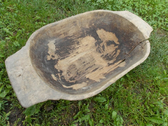 """Handcarved  Country style bowl 9,5/""""wide Wooden dough bowl Rustic  Collectable"""