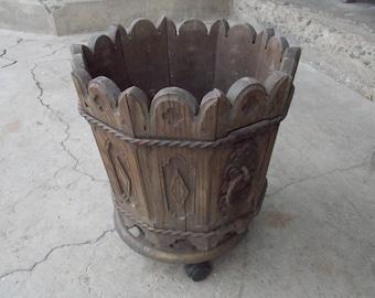 Beautiful flowerpot , wood flowerpot, art flowerpot, gift idea, home decor, unique