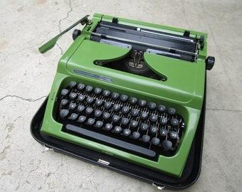 Working typewriter, green typewriter, retro , vintage , office decor, home decor, gift idea, Prasident 1550 super