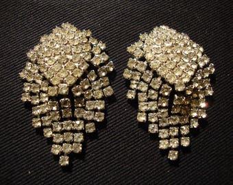 Dramatic Vintage Cascading teardrop Rhinestone Earrings (clip-ons)