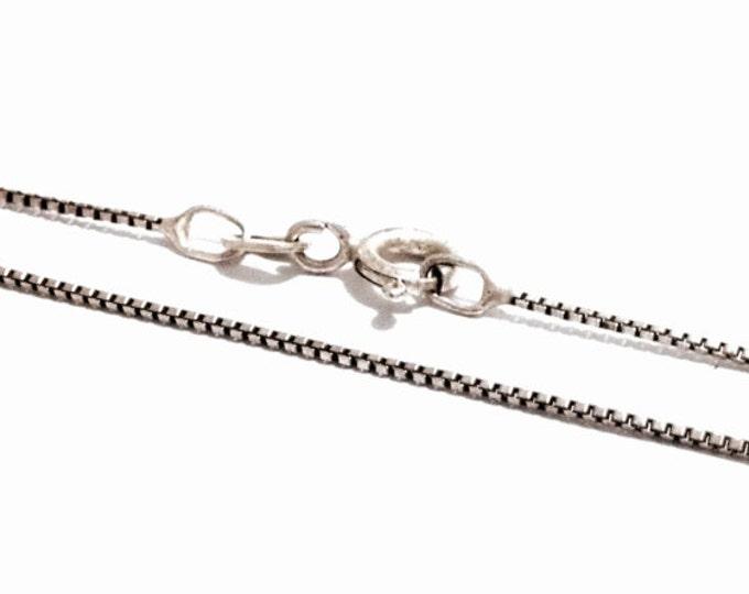 "A 19"" Mid-Century Italian Designer Briolette/Box Chain Necklace / Sterling Silver, Spring Clasp, 1.99 Grams #3248"
