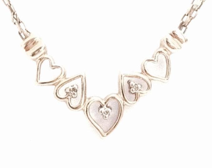 "A 1930's-40's Art Nouveau 14K Yellow Gold Five Heart-Triplet Diamond Embossed 17.5"" Bismarck Chain Necklace, Spring Clasp, 4.47 Grams #3271"