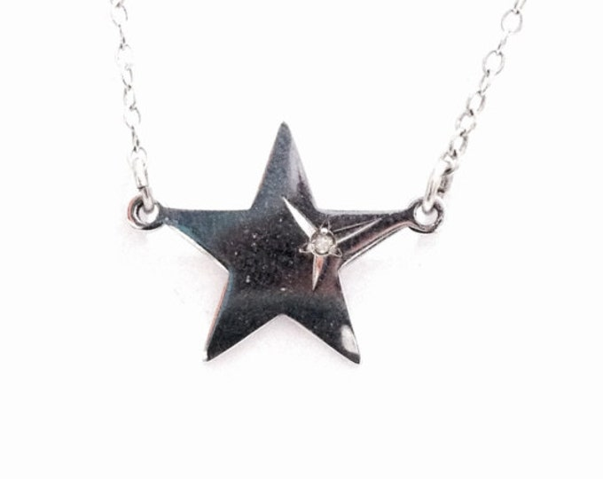 """A Stunning 1940-50's Natural Diamond Embossed Star Pendant - 14"""" Cable Chain Necklace / Sterling Silver, Spring Clasp, 1.81 Grams #3396"""