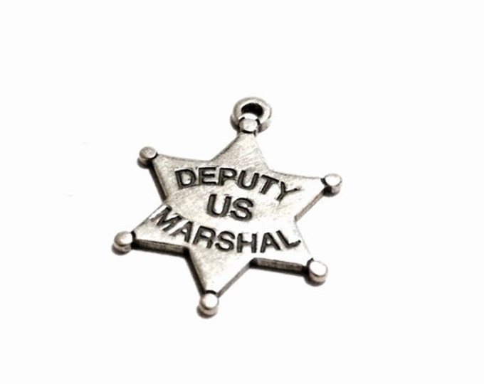 """A Mid Century Faux US Government Issue """"Deputy US Marashal""""  Star pendant-charm / Sterling Silver, .5x.5x.09"""", .68 Grams #3251"""