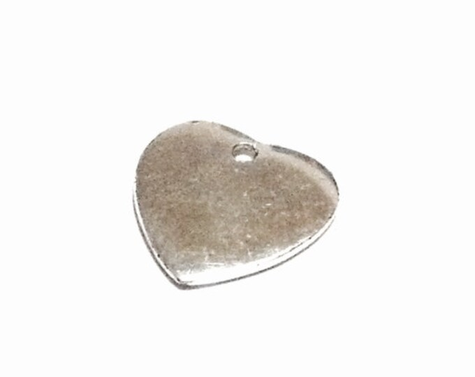 "A Delicate Mid-Century Miniature Heart Charm-Pendant Jeweler's Finding, .25x.25x.1"", .70 Grams #3838"