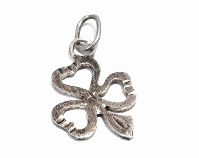 "A Cute Mid-Century Pride of the Irish Three Leaf Clover Charm-Pendant / Sterling Silver, .5x1"", .79 Grams #4020"