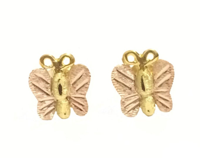 A Pair of Fine Detailed Mid-Century Butterfly Stud Earrings / 14k Pink-Yellow Gold, w/ Butterfly Backs, .75x.6x1 cm, .8 Grams #4260