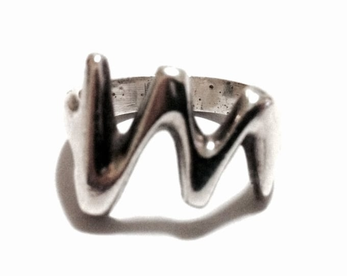 A Delicate Mid-Century Mexican Waved Statement Ring / Sterling Silver, USA Ring Size 6, 5.94 Grams #3414
