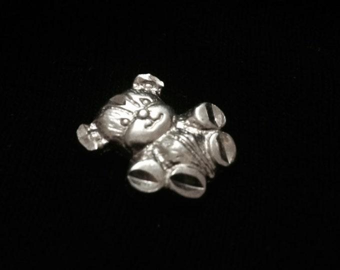 "A Cute 1960-70's Retro Teddy Bear Slip Charm - Pendant / Sterling Silver, .75x.5x.25"", 1.91 Grams #3362"