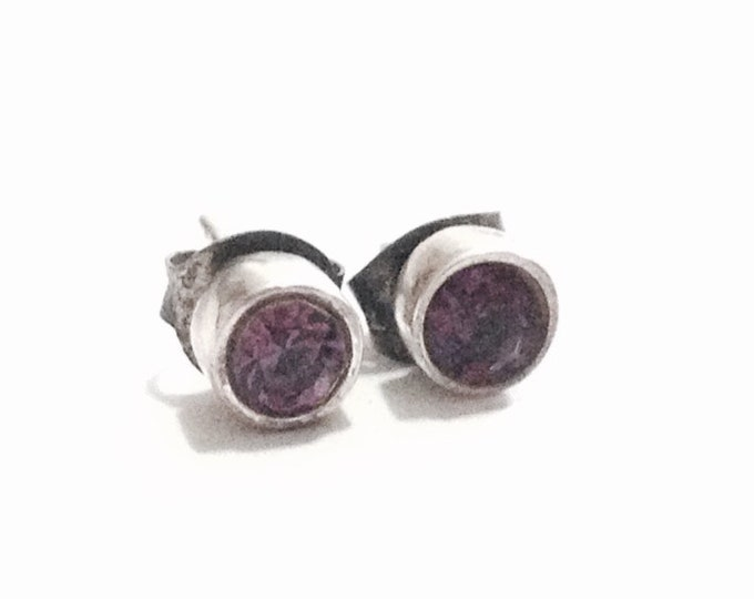 A Pair of Mid-Century 1/2 CT Brilliant Cut Amethyst Stud Earrings / Sterling Silver, w/ Butterfly Backs, 1.69 Grams #3795
