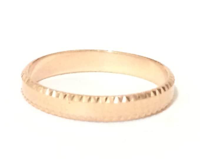 An Elegant Mid-Century Designer MILOR Hammered Rose Gold Ring / 14K Rose Gold, USA Ring Size 3.5, 1.04g #4169