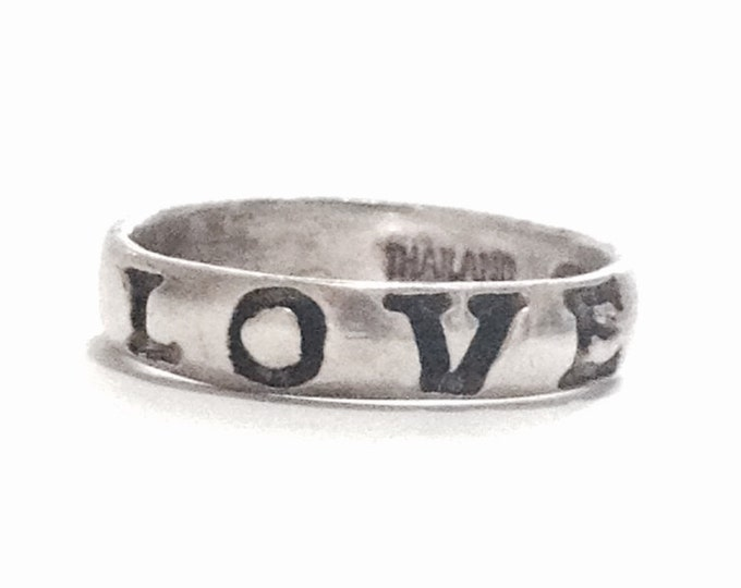 """A Delicate Mid-Century Designer Thai Double-Inscribed """"Love"""" Ring / Sterling Silver, USA Ring Size 6,  2.00 Grams #3333"""