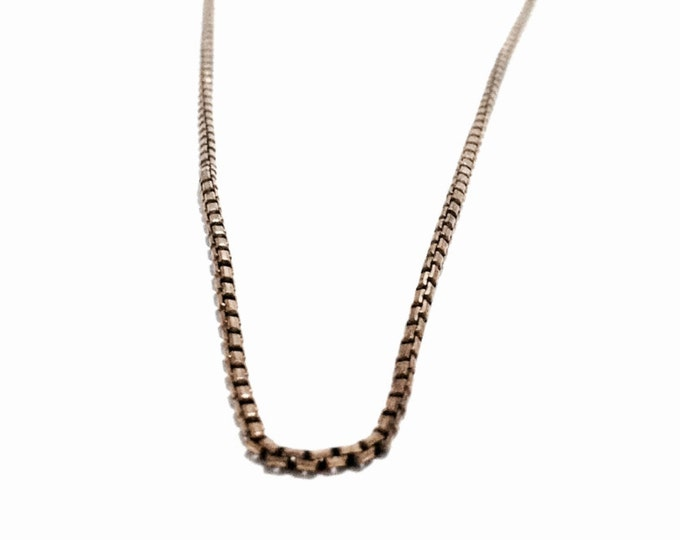 """A 24K gp Mid-Century Italian 17"""" Box/Briollete Chain Necklace / Sterling Silver, Spring Clasp, 3.57 Grams #3265"""