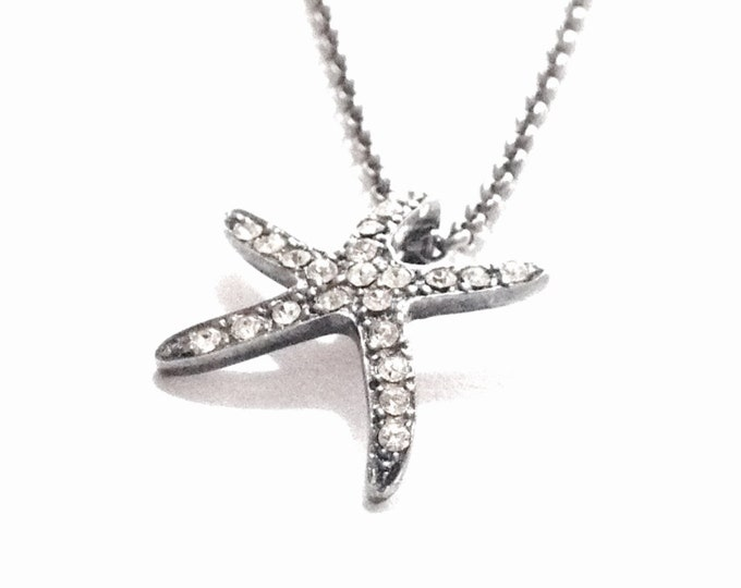 "A Mid-Century cz Diamond Embossed Starfish Charm-Pendant on a 15.5-18"" Adjustable Cable-Chain Necklace / Sterling Silver, 4.33 Grams #3371"