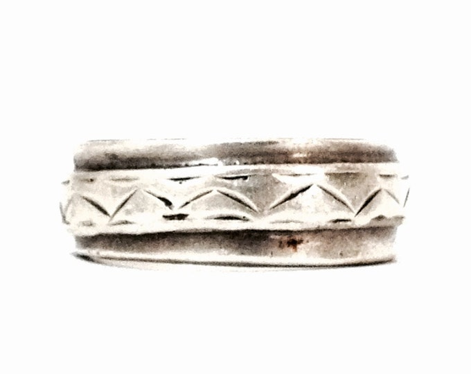 An Early 1930's Mexican Art Nouveau Doublet Band Ring / Sterling Silver, USA Ring Size 9, 8.44 Grams #3944