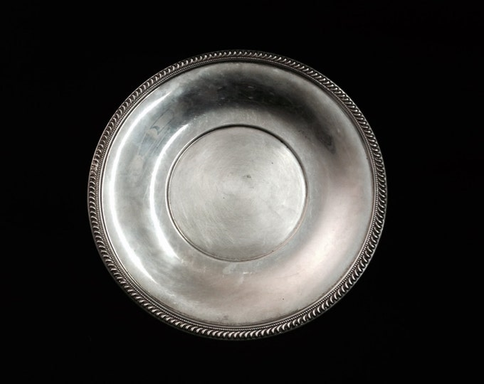 """A Sublime Early 1930-40's Art Nouveau Bordered Serving Plate-Dish / Sterling Silver, 150 grams, 8.25x8.25x.25"""" #3602"""