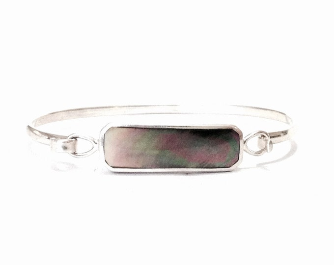 "A 7.5"" Mid Century MC Mexican Designer Rectangle Abalone Clasping Cuff Bracelet / Sterling Silver, Stone: .4x1.1"", 10.10 Grams #3926"