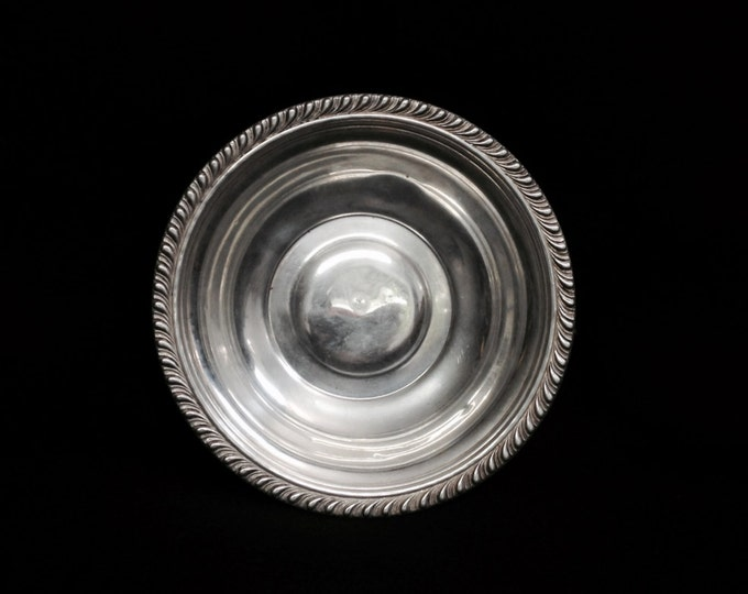 """Early 1930-40's Art Nouveau Bordered Crown-Cross Designer Serving Dish - Bowl / Sterling Silver, 6x6x1.25"""", 78.28 Grams #3603"""