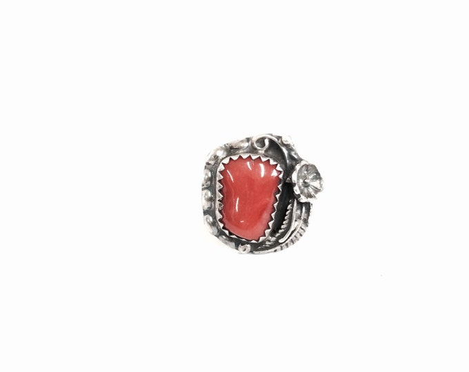 "Navajo Native American Mid-Century ""R-Lin"" Designer Signed Sterling silver & Solitaire Red Coral Ring, USA Ring Size 5, 2.87 Grams #3048"