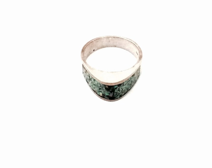 C. 1970's Modernist Convex Triangle & Abalone Speckled Sterling Silver Ring, USA Ring Size 9, 6.07 Grams, #2835