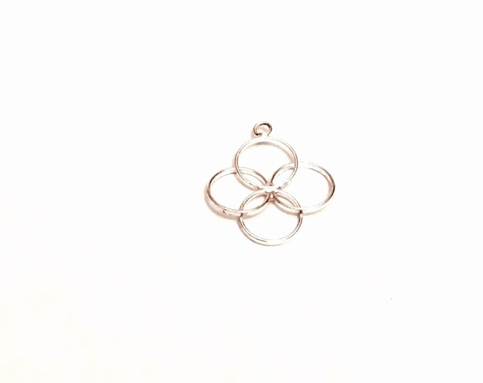 """A Delicate Modernist Sterling Silver 4-Circle Charm-Pendant-Finding, .75x.75"""", .51Grams, #2788"""