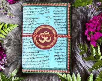 Om Journal ~ Blank Pages