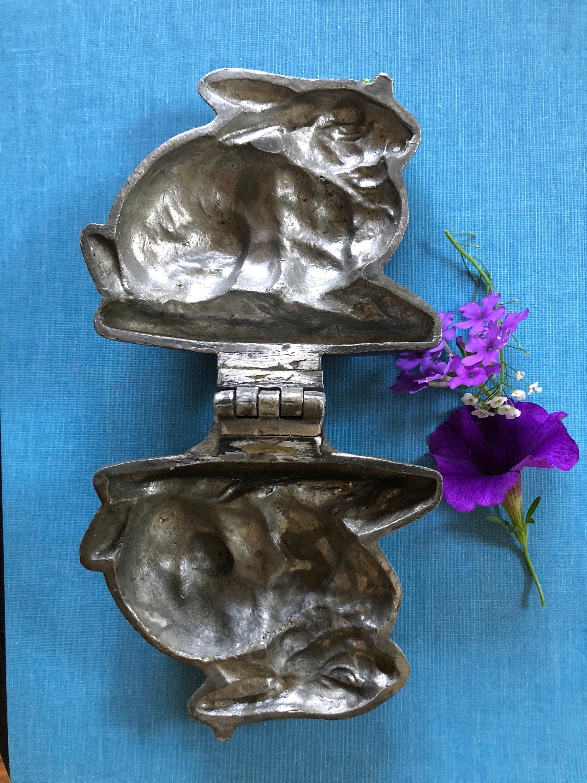 Antique mold ice cream rabbit bunny collectible Victorian antique E and Company mold 359