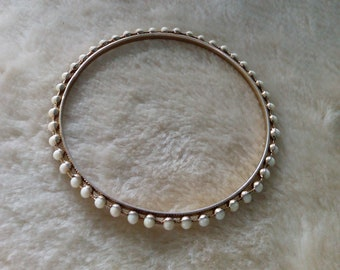 Thin, Dark White Purl Bracelet