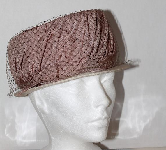 vintage women's hat retro pink veil dusty rose gl… - image 3