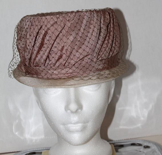 vintage women's hat retro pink veil dusty rose gl… - image 10