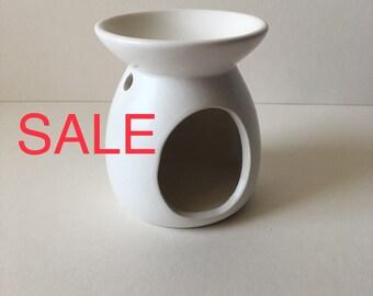 Reduced to clear White Ceramic Oil Burner,