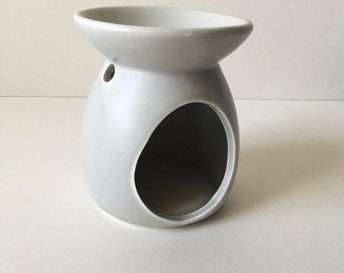 Reduced to clear Light Grey Ceramic Oil Burner