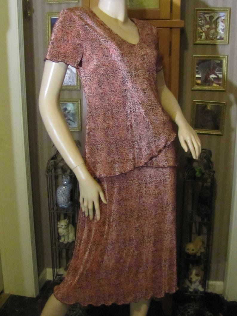 Connected Apparel Lovely Coral Orange /& Brown Pleated Dress size 8