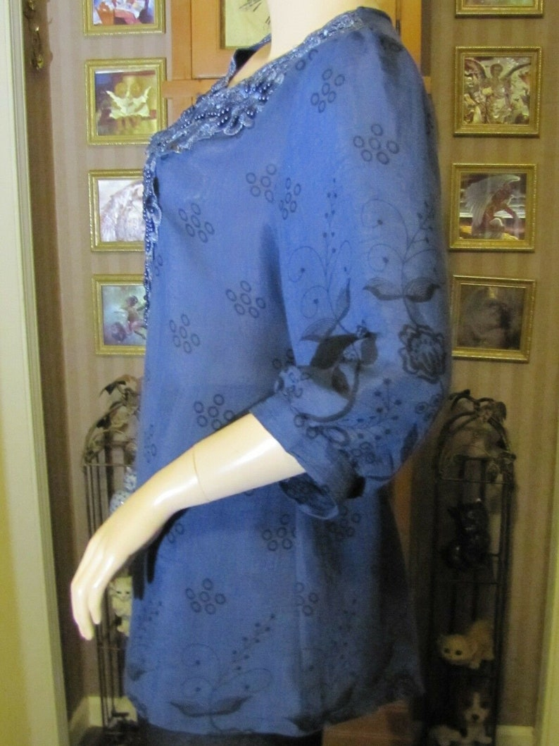 MAD about Style Blue Blouse Top with Lace /& Beading SM