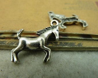 BULK 10 Horse pendants antique silver tone A607
