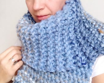 Chunky Knit Scarf, Bulky Knit Scarf, Chunky Wool Scarf, Long Chunky Scarf, Blue Chunky Scarf, Blue Bulky Scarf, Gift for Her, Gift for Him