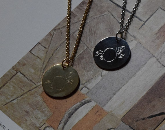 Rodie Engraved Pendant Necklace
