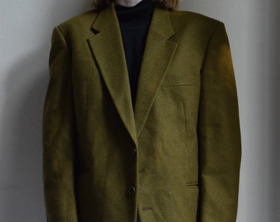 Oversized Wool Blazer in Moss