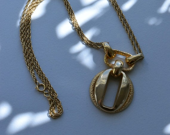 Abstract Dual Chain Pendant