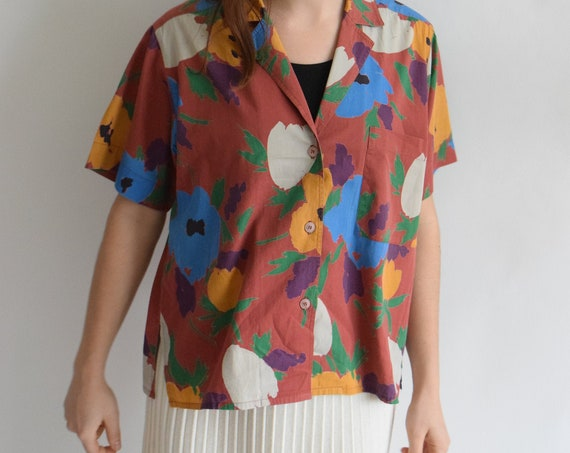Matisse-Style Floral Short Sleeve Blouse
