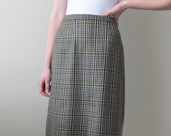 Burberry Houndstooth Skirt.