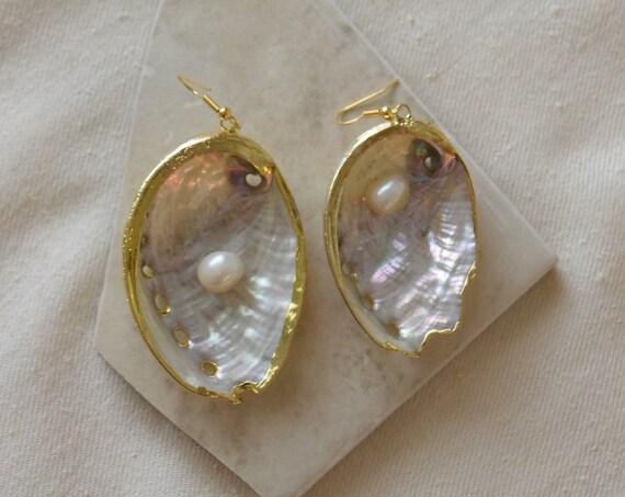 Shell & Pearl Earrings