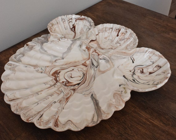 Marbled Sea Shell Dipping Dish