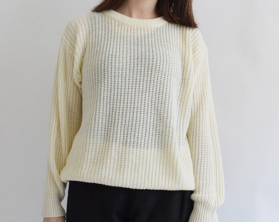 Cream Knit Pull Over Sweater