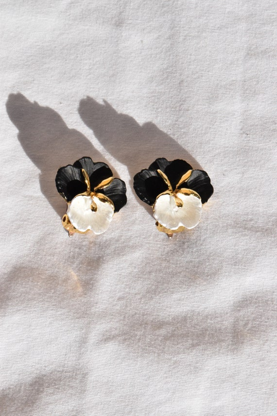 Vintage Pansy Clip-On Earrings