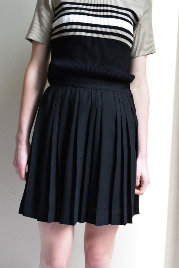 Black Pleated A-Line Mini Skirt