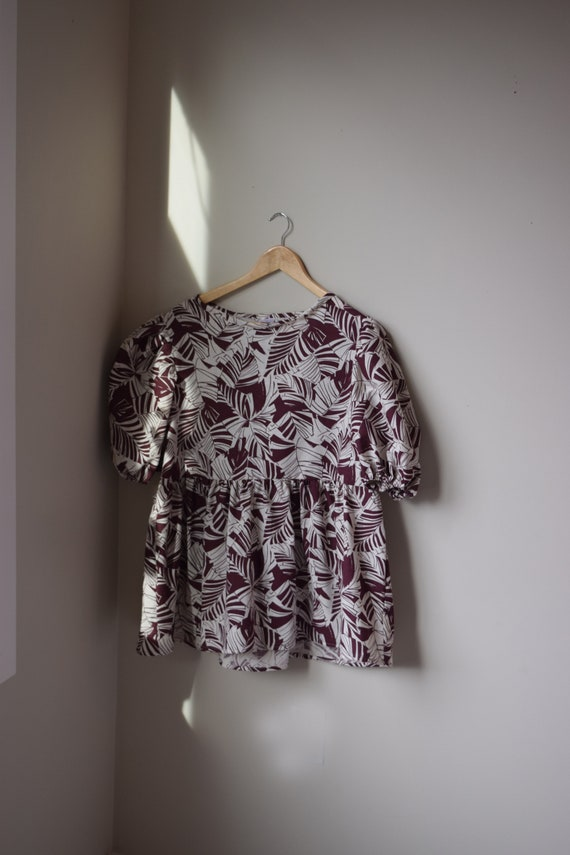 Tropical Merlot Puff Sleeve Top