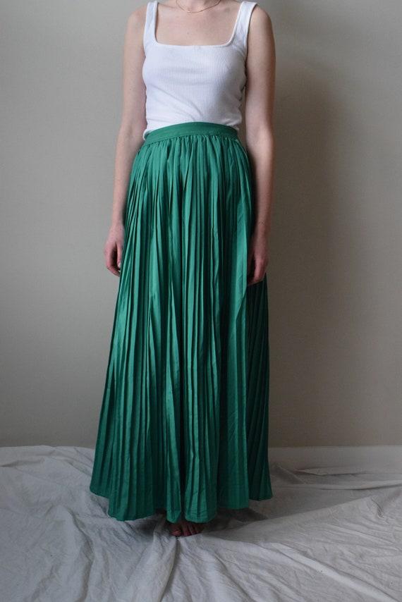 Kelly Green Pleated Maxi Skirt
