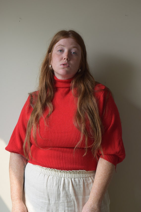 Tomato Balloon Sleeve Sweater