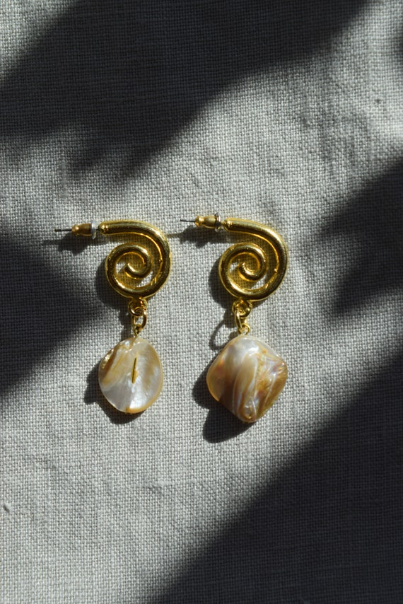 Coiled Pearl Studs